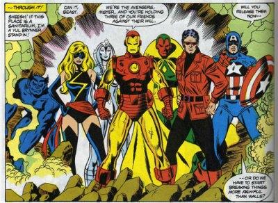 Os Vingadores dos anos 1970 na arte de George Perez: Fera, Miss Marvel, Jocasta, Homem de Ferro, Visão, Magnum e Capitão América.