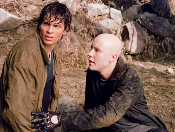 Welling (Clark) e Rosenbaum (Lex) no primeiro episódio da série.