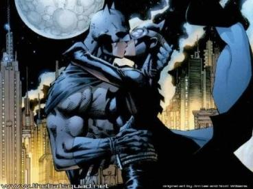 O romance entre Batman e Mulher-Gato é um dos destaque da história. Arte de Jim Lee.