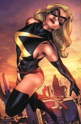 O visual mais tradicional da Miss Marvel nos quadrinhos.