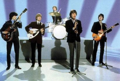 A formação inicial dos Rolling Stones no Programa Ed Sullivan em 1966.