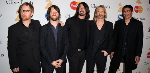 A formação atual do Foo Fighters: quatro shows no Brasil em 2015.