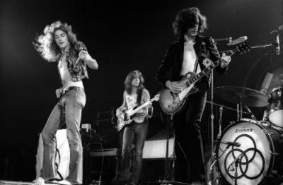 Led Zeppelin: material inédito no ano que vem.