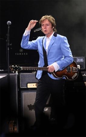 Paul McCartney em show no Rio de Janeiro, em 2011.