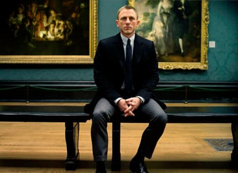 Daniel Craig como James Bond.