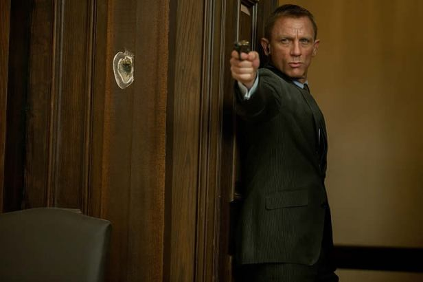 007-Skyfall-Empire-11abr2012-05