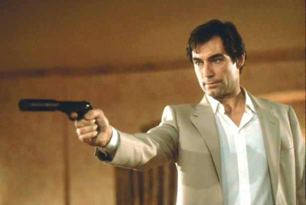 007 timothy dalton in living the daylights