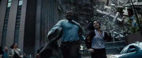 Perry White e Jenny no trailer: versão feminina de Jimmy Olsen?