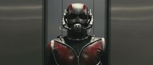 O Homem-Formiga na cena  de teste de Edgar Wright exibida em 2012.