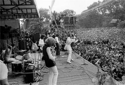Taylor (em primeiro plano), com os Rolling Stones no Hyde Park em 1969: show histórico.