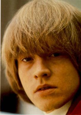 Brian Jones: primeira grande vítima das drogas no rock.