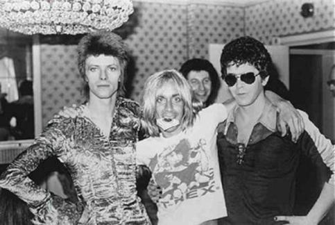 Trinca forte dos anos 1970: David Bowie, Iggy Pop e Lou Reed. Criadores do rock alternativo.