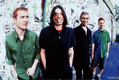 A formação original do Foo Fighters, em 1995.
