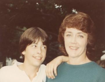 Dave Grohl e sua mãe, Virginia.