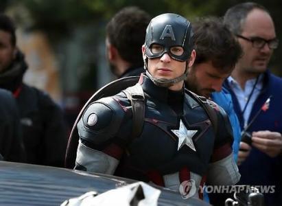É possível que Capitão América (mais Homem de Ferro) tenham papeis menores no filme.