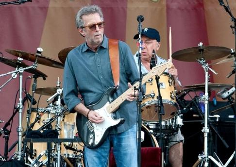 Clapton chega aos 70 anos.