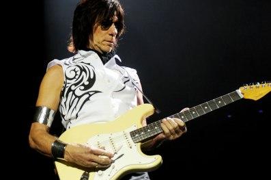 Jeff Beck: turnê europeia cancelada.