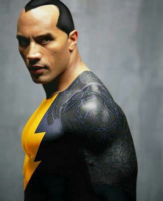 Montagem de fãs na internet colocam The Rock como Black Adam.