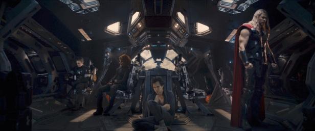 Os Vingadores depressivos no trailer: fim?