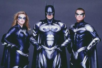 O constrangedor trio de Batman & Robin: Sem comentários.