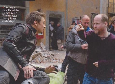 Joss Whedon (dir.) dirige Jeremy Renner em Era de Ultron.