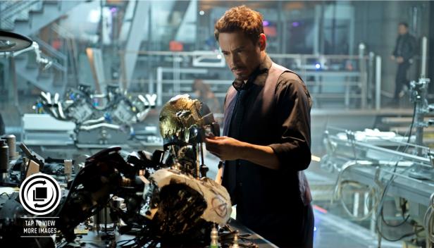 Stark: ainda mais paranóico.