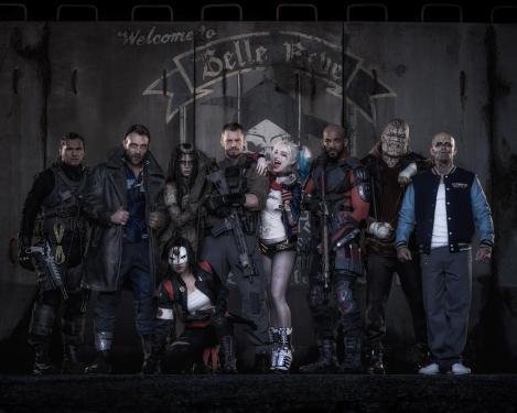 Todo o Esquadrão Suicida foi preso pelo Batman.