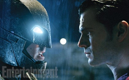 Batman vs Superman: Robin presente.
