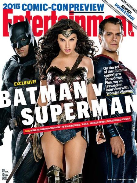 Capa da EW com a trindade da DC Comics.