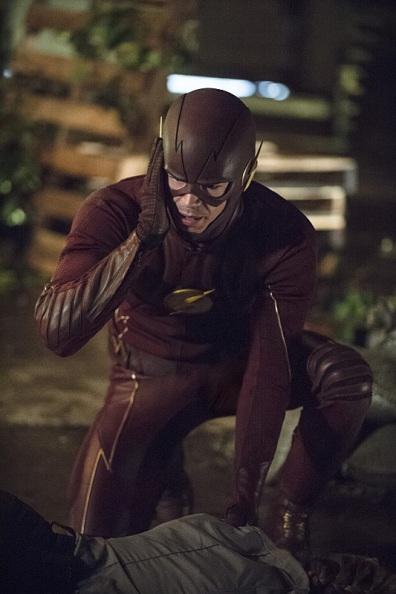Não. O Flash que vai aos cinemas não é o da TV.