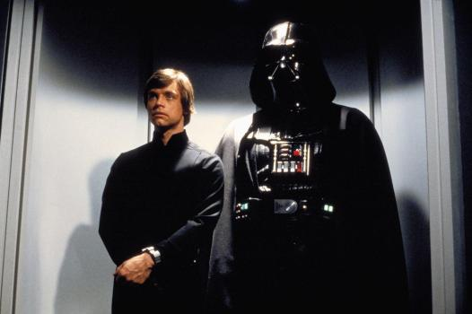 Luke feito prisioneiro por Vader.