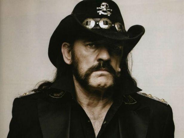 Lemmy: um dos grandes heróis do rock.