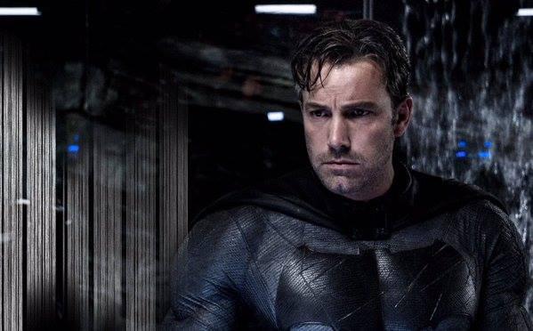 Ben Affleck como Batman: escrevendo filme solo.