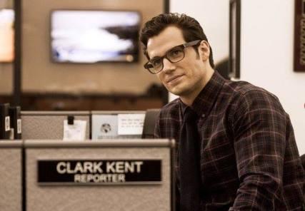Henry Cavill como Clark Kent: mundo real?