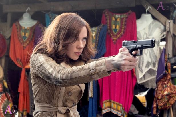 civilwar hi-res black widow with gun