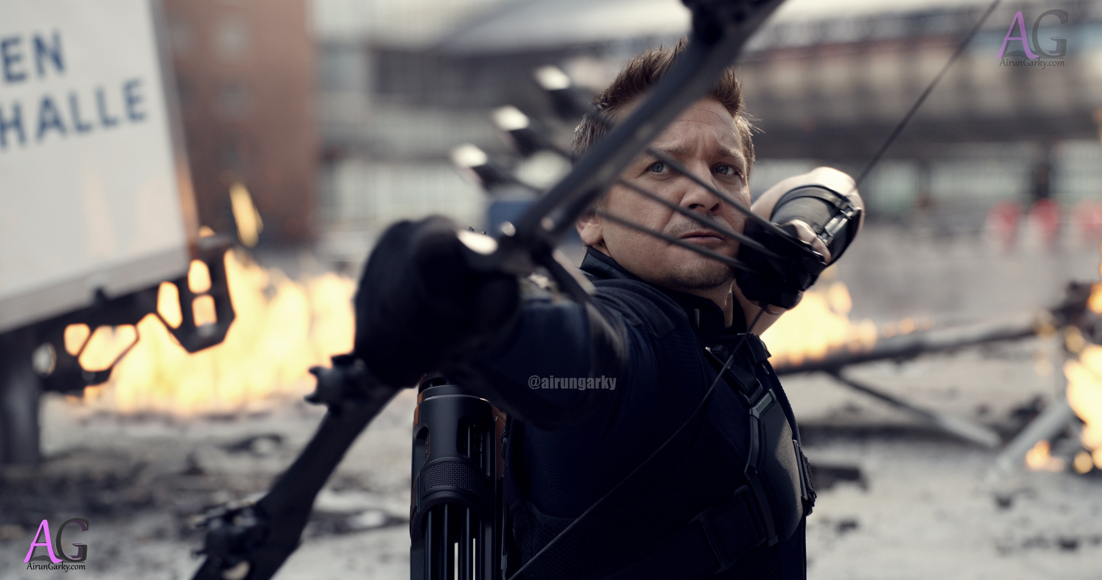 civilwar hi-res hawkeye with bow and arrow