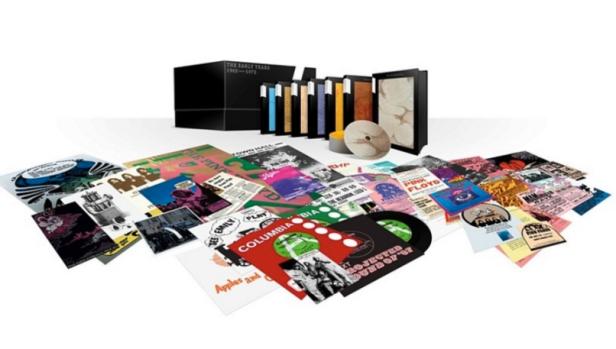 A caixa em imagem promocional: 27 discos.