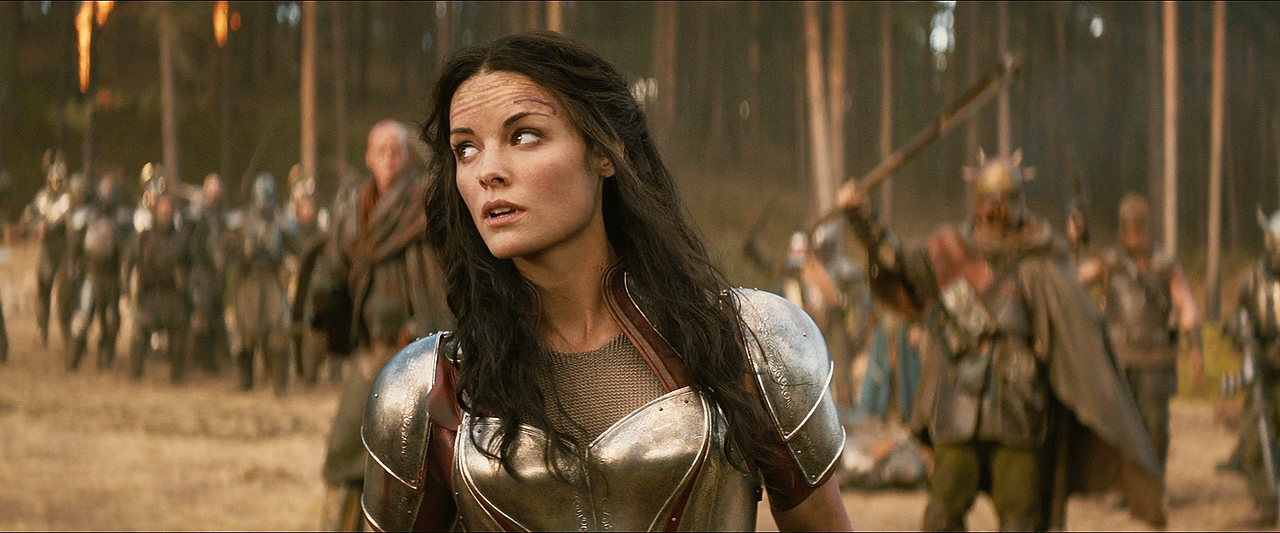 thor 2 lady sif battle close up