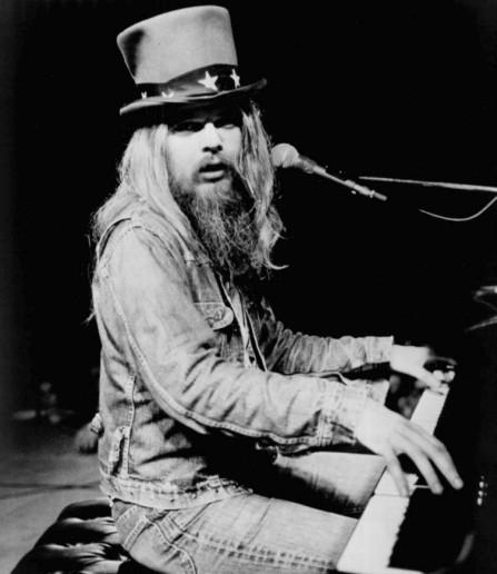 Seu piano está na história do rock.