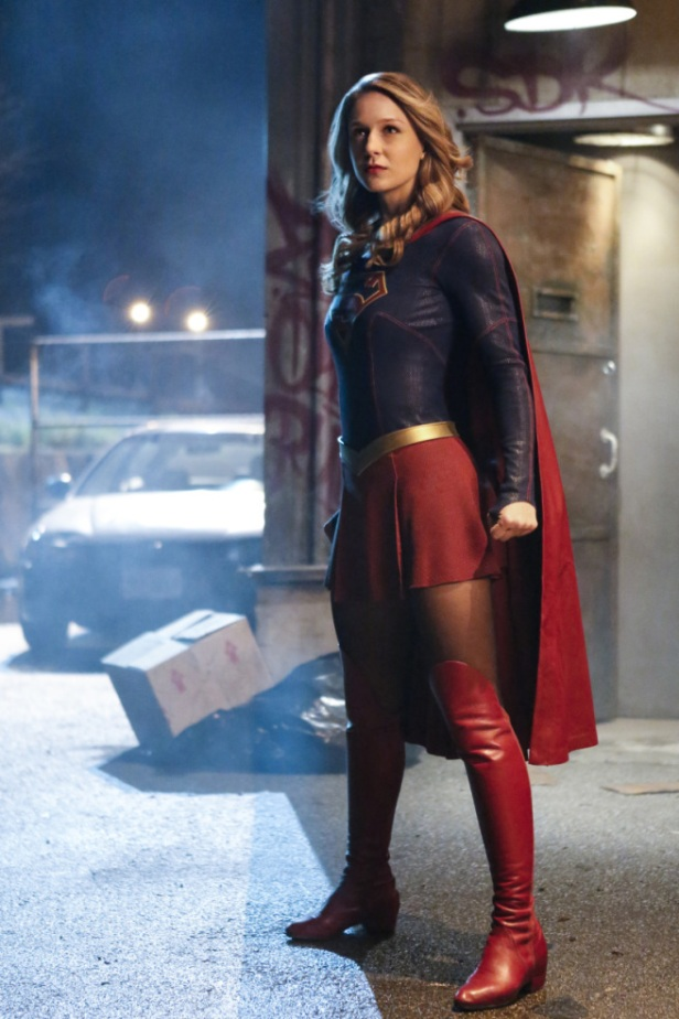 supergirl-season-2-photos-12