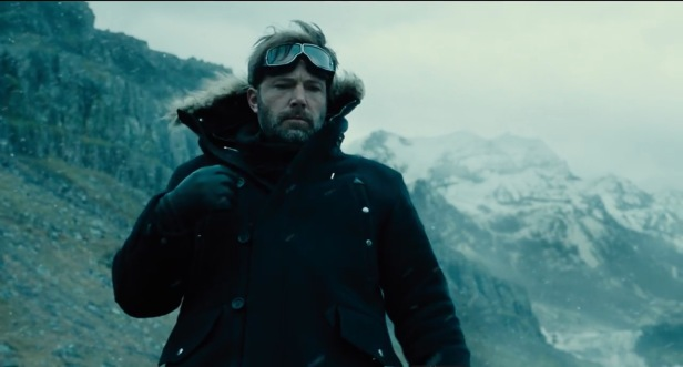 justice-league-trailer bruce wayne in the snow