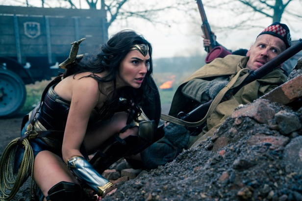 wonder woman movie diana entering the war