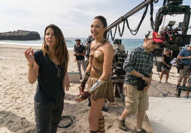 wonder woman movie sets patty jenkins and gal gadot in the beach