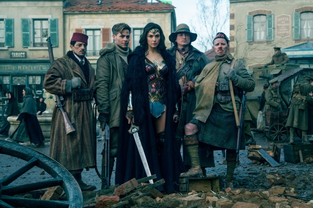 wonder woman movie the war team