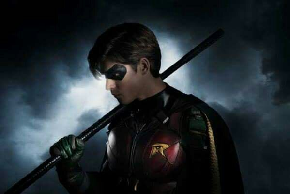 robin from titans tv series