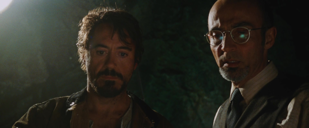 iron man Tony with HoYinsen in the cave