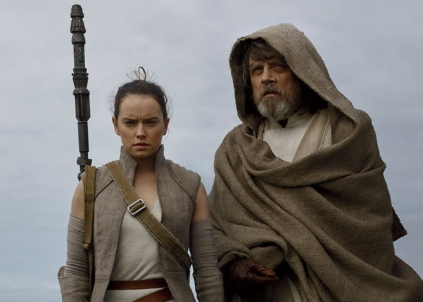 the last jedi rey and luke