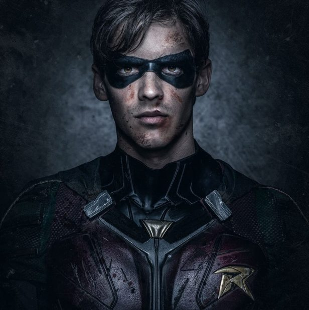 titans TV robin face