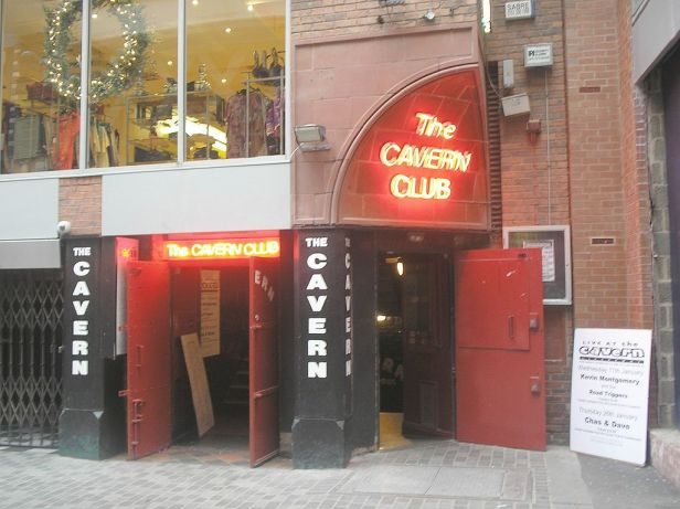 Cavernclub outside