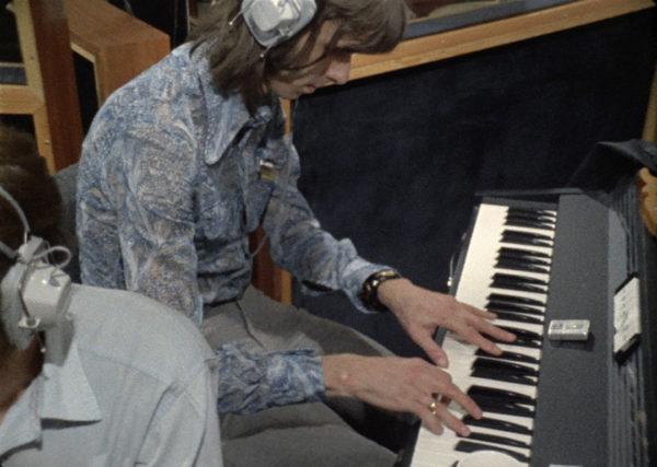 John Lennon Imagine nick hopkins on piano OML3-600x427